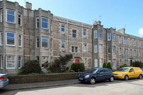 2 bedroom flat for sale - 6 (1F2) Rosebank Grove, Trinity, EDINBURGH,, Trinity, EH5 3QN