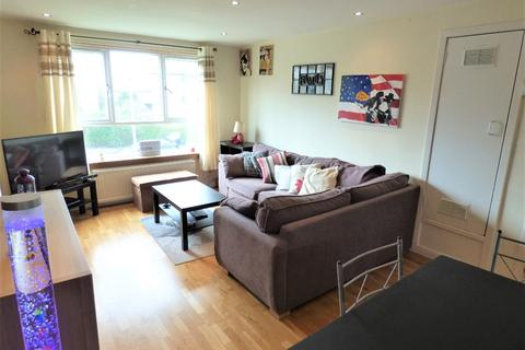 2 bedroom flat to rent - Oxgangs Place, Oxgangs, Edinburgh, EH13 9BG