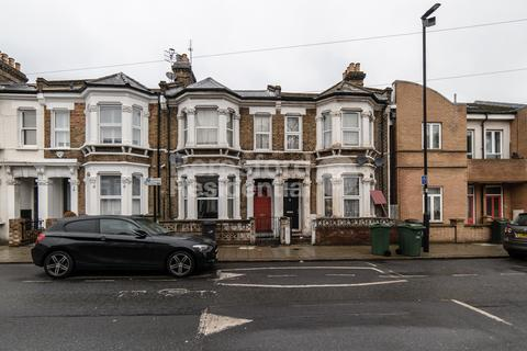 3 bedroom terraced house for sale - Morval Road, Brixton, SW2