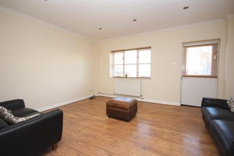 2 bedroom house for sale - Ilex Road, London