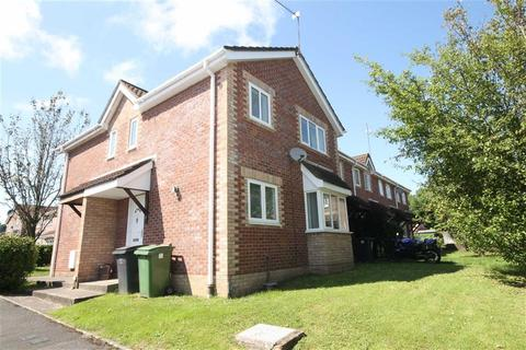 2 bedroom semi-detached house to rent - Hornchurch Close, Cardiff, Cardiff
