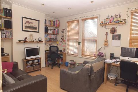 1 bedroom flat to rent - Harlesden