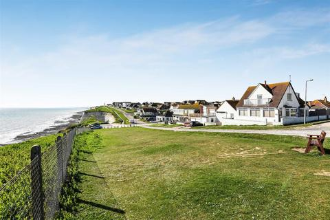 4 bedroom detached house for sale - The Promenade, Peacehaven