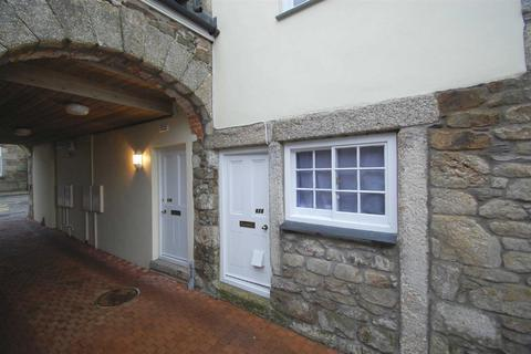 2 bedroom flat to rent - Meneage Street, Helston