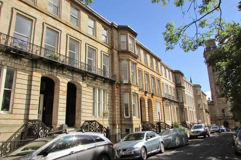 2 bedroom flat to rent - Woodlands Terrace, 2 Bed F/F with Private Parking