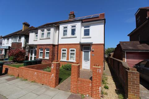 3 bedroom semi-detached house to rent - Reigate Road, Brighton BN1