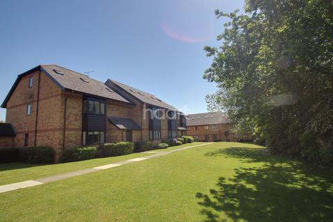 2 bedroom flat for sale - Cavendish Gardens, Chelmsford