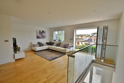 4 bedroom detached house for sale - Bournemouth