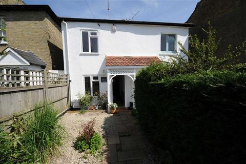 2 bedroom cottage for sale - Taylors Lane, Barnet, Herts, EN5