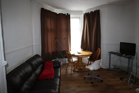 2 bedroom flat to rent - Richmond Road