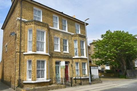 5 bedroom semi-detached house for sale - West Cliff Avenue, Broadstairs, Kent