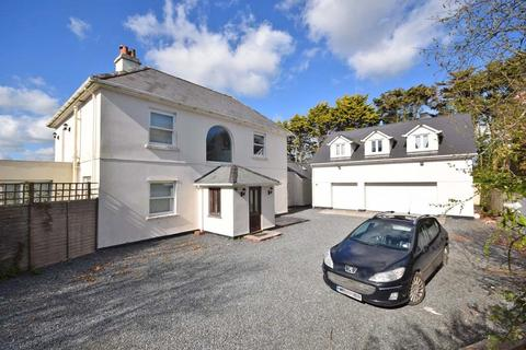 4 bedroom detached house for sale - Mullion, Nr. Helston, Cornwall, TR12
