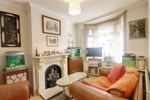 2 bedroom terraced house to rent - Faringford Road, Stratford