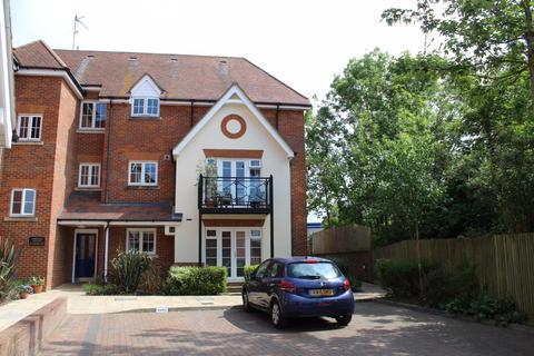 2 bedroom apartment to rent - Buckingham
