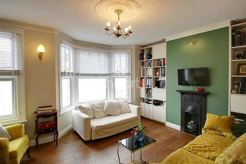 1 bedroom flat for sale - Redfern Road, NW10
