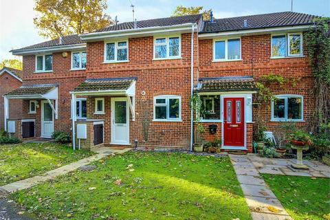 3 bedroom terraced house to rent - Whitton Road, Martins Heron, Bracknell, Berkshire, RG12