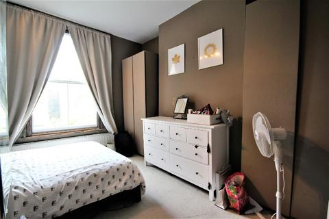 2 bedroom flat for sale - Wilberforce Road, Finsbury Park, London, N4 2SR