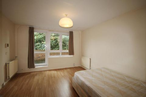 2 bedroom flat to rent - Foxley Close, Hackney, London, E8 2JN
