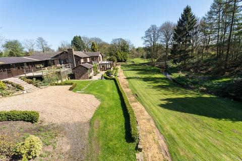 5 bedroom detached house for sale - Mill Lane, Somerford Booths