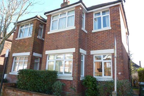6 bedroom semi-detached house to rent - Nile Road, Southampton