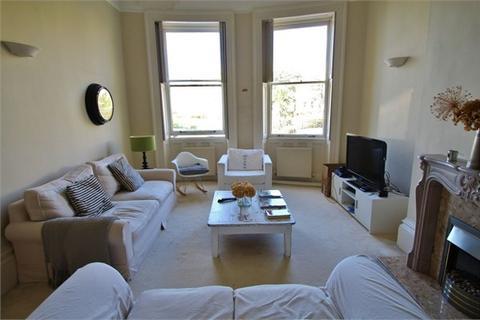 2 bedroom flat for sale - Brunswick Square, Hove, BN3