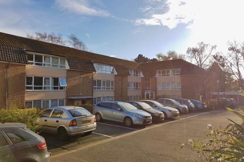 1 bedroom ground floor flat to rent - Lordswood Square, Lordswood Road, Harborne B17 - One bed Ground Floor flat