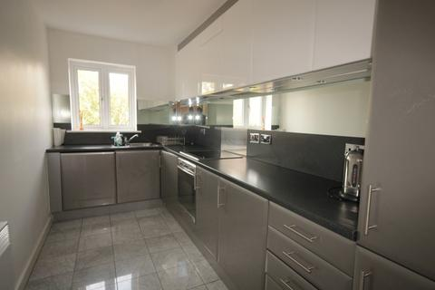 2 bedroom flat to rent - Celandine Grove, Oakwood, Greater London, N14