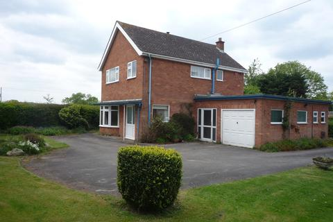 3 bedroom detached house to rent - The Weatelands  Church Eaton Road, The Weatelands