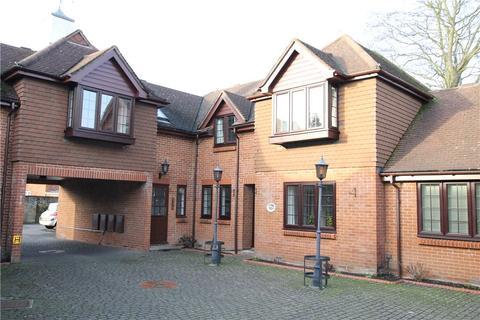 1 bedroom apartment for sale - High Street, Chobham, Woking, Surrey, GU24