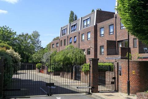5 bedroom townhouse for sale - Kreisel Walk, Kew, TW9