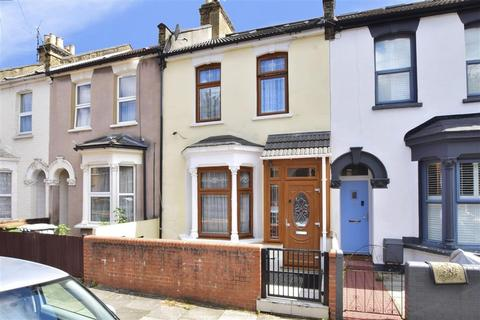 5 bedroom terraced house for sale - Caistor Park Road, Stratford, London