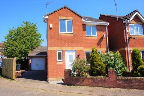 3 bedroom property for sale - Pearce Close, St. Mellons, Cardiff. CF3