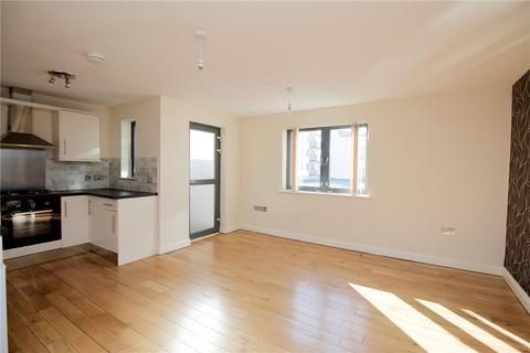 2 bedroom flat to rent - Trinity Lane, Cheltenham, Gloucestershire, GL52