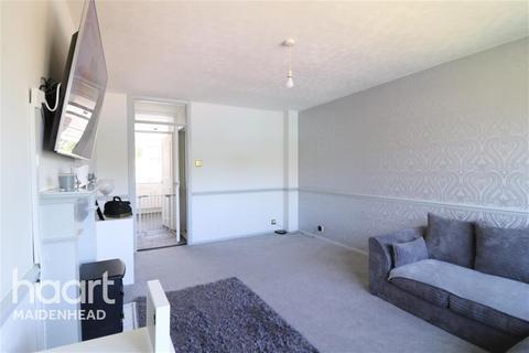 2 bedroom flat to rent - TAPLOW, MAIDENHEAD, BERKSHIRE