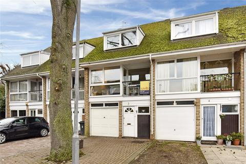 3 bedroom terraced house to rent - Beaufort Close, Marlow, Buckinghamshire, SL7