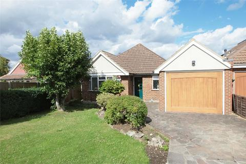 2 bedroom detached bungalow for sale - Mays Hill Road, Shortlands, Bromley, Kent