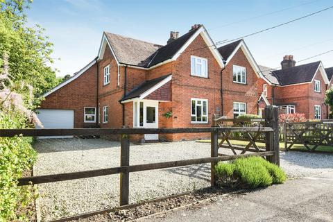 4 bedroom semi-detached house for sale - Otterbourne, Winchester, Hampshire