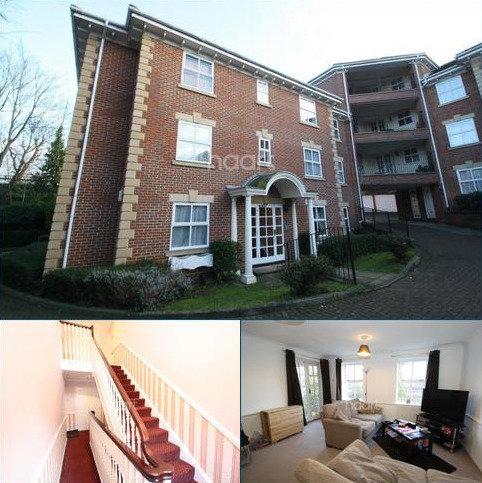2 bedroom flat to rent - Malcolm Way, Snaresbrook, E11