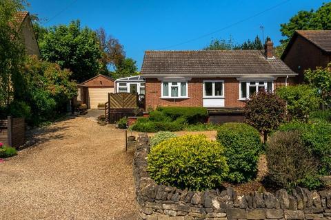 2 bedroom bungalow for sale - Toft, Bourne, PE10