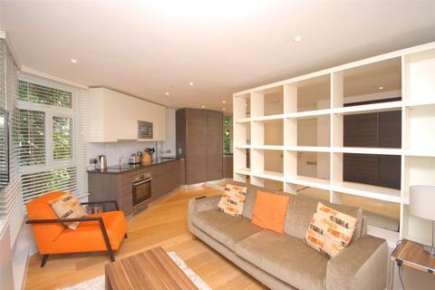Studio to rent - Falconwood Court, 24 Montpelier Row, London, SE3