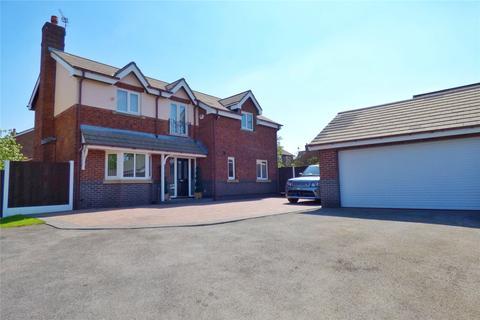 4 bedroom detached house for sale - Failsworth Road, Woodhouses, Failsworth, Manchester, M35