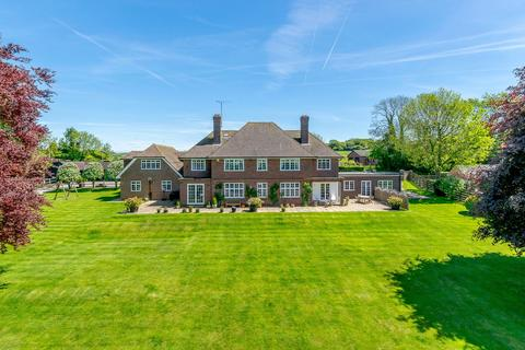 5 bedroom detached house for sale - Downs Road, Compton, Newbury, Berkshire