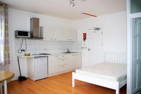 Studio to rent - Studio flat | Most Bills Inc | West Hendon Broadway | NW9