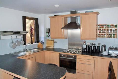 2 bedroom flat to rent - Velocity East, 4 City Walk, Leeds, LS11 9BF