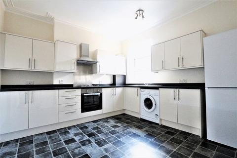 2 bedroom flat to rent - Fyfield Road, Enfield EN1