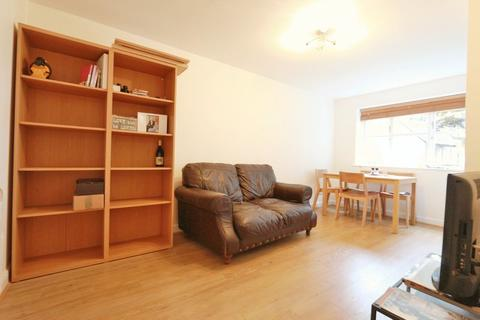 1 bedroom flat to rent - Stevenson Close, Oakleigh Road North