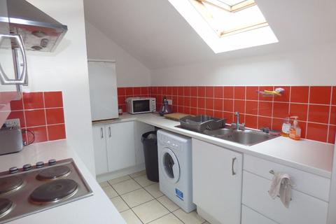 3 bedroom flat to rent - Bartholomew Street West
