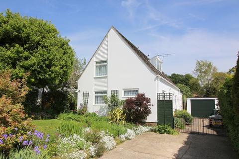 3 bedroom detached house for sale - Sun Hill Crescent, Alresford