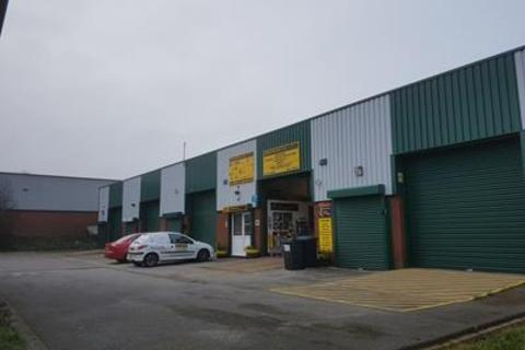Industrial unit to rent - Units X1 & X5, South Orbital Trading Park, Hedon Road, Hull