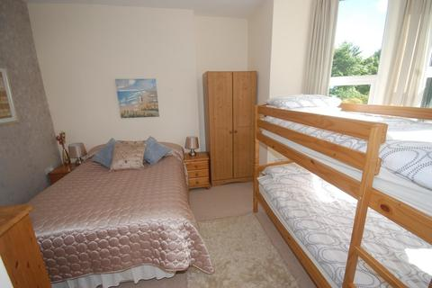 2 bedroom apartment to rent - Thornheyes House